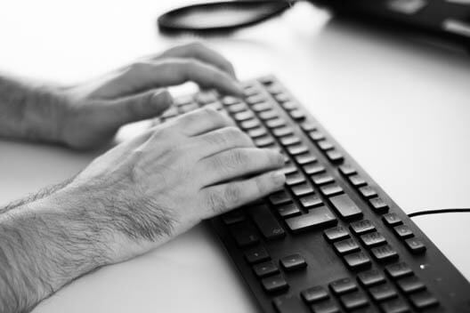 Schreiben an Tastatur